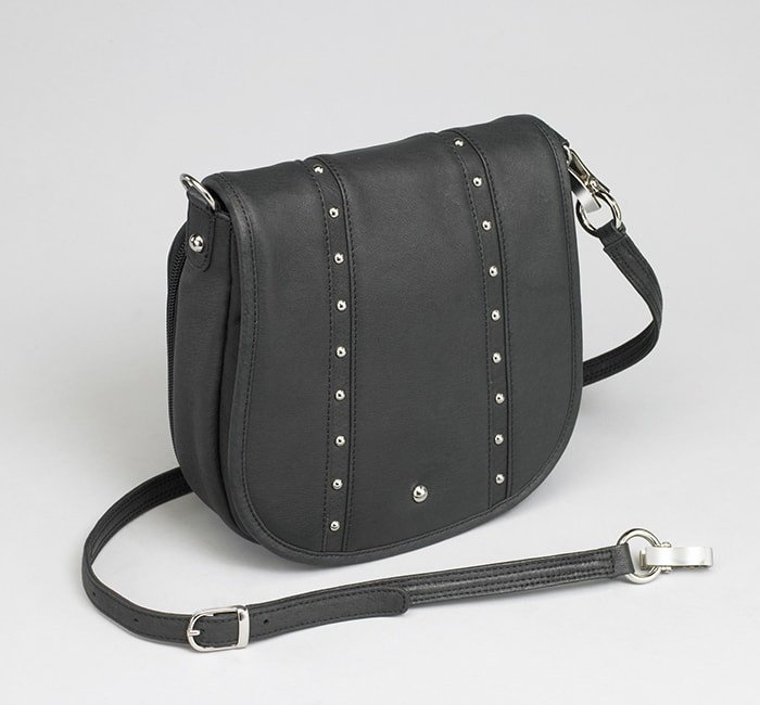 GTM/BLK-18 Simple Bling Flap Bag
