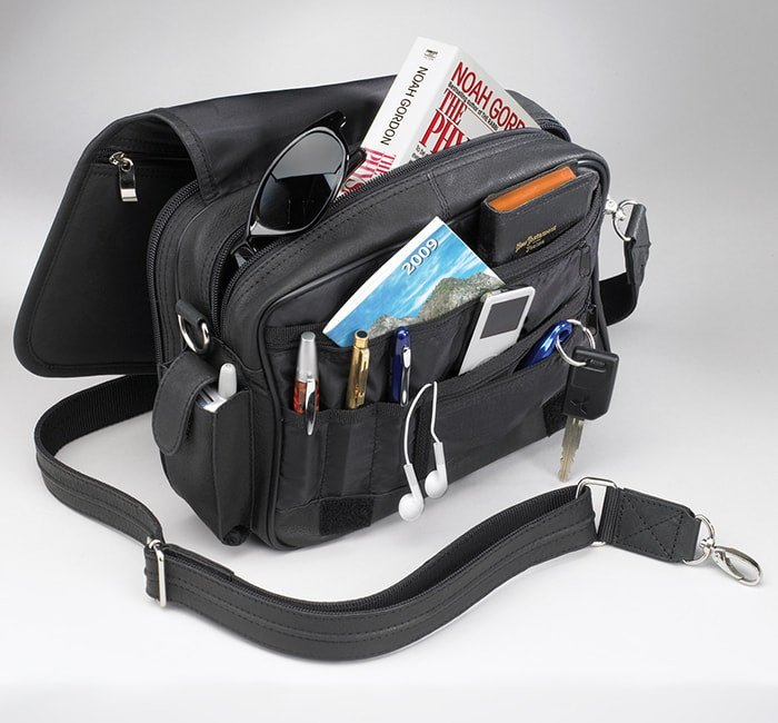 GTM/BLK-28 Classic Boston Bag