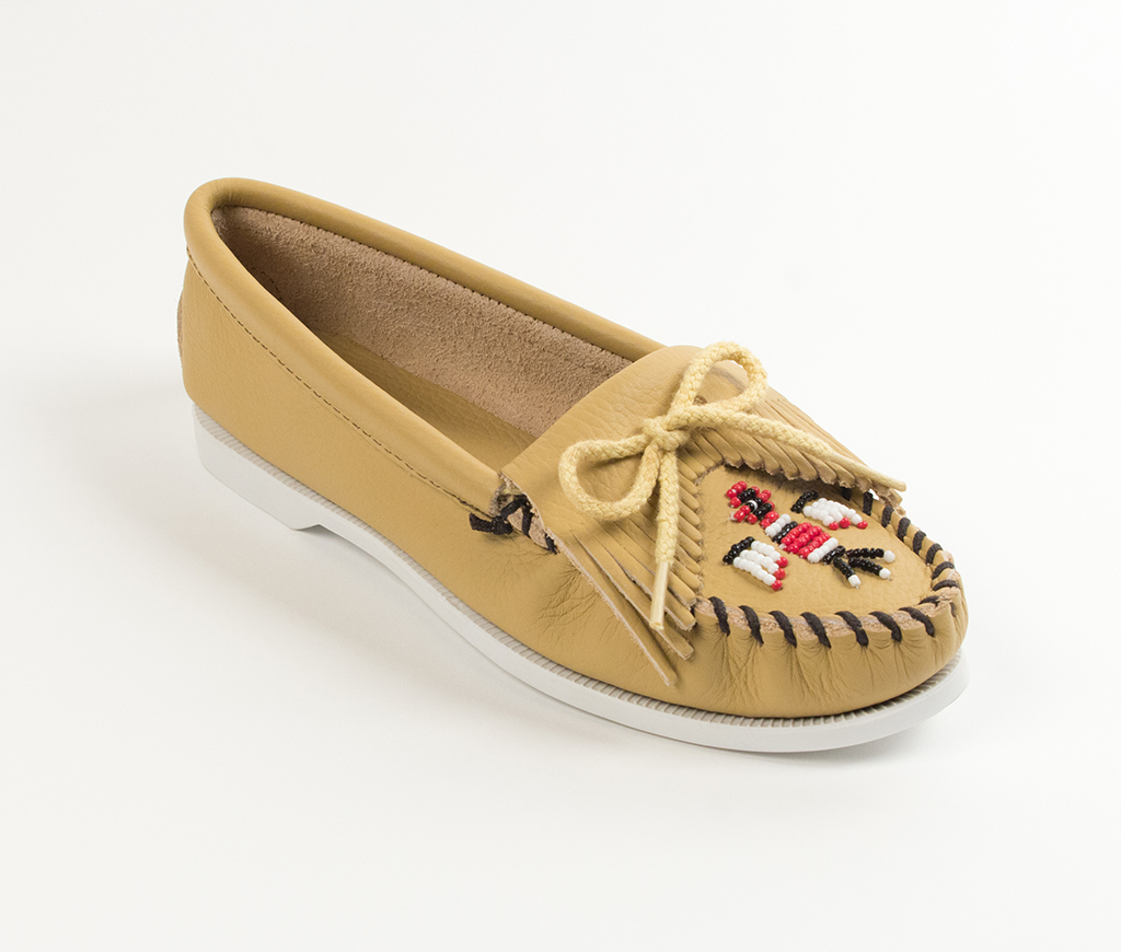 Womens Minnetonka Natural Smooth Thunderbird Boat Sole Moccasin