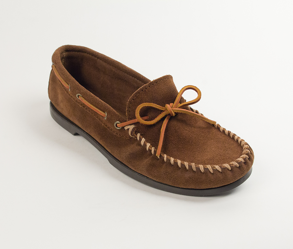 Minnetonka Men's Dusty Brown Suede Classic Camp Moccasin